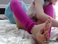 Sexual Amateur Feet Showing Nymphomaniac